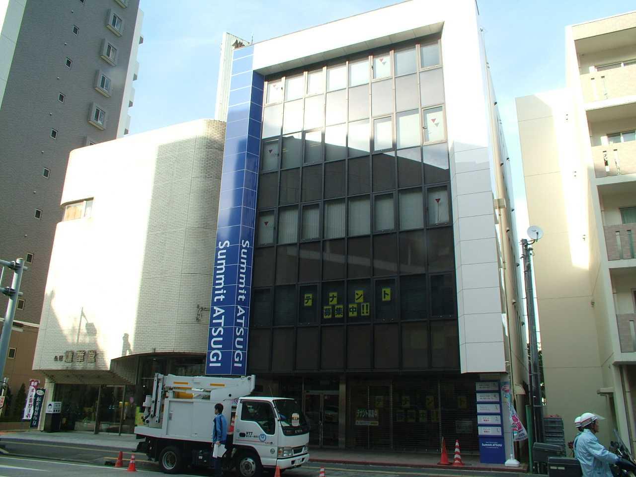 厚木・町田・小田原に展開するライトハウス税理士法人の本社屋イメージアップ戦略